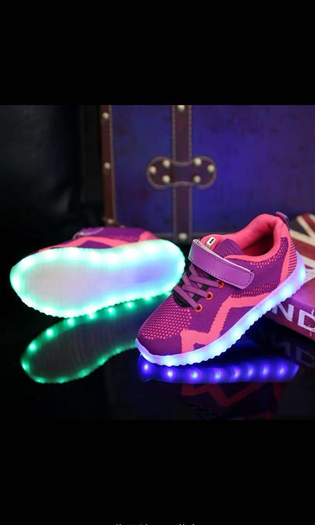 Shoes. 兒童&孕婦用品. BB時裝 - Carousell