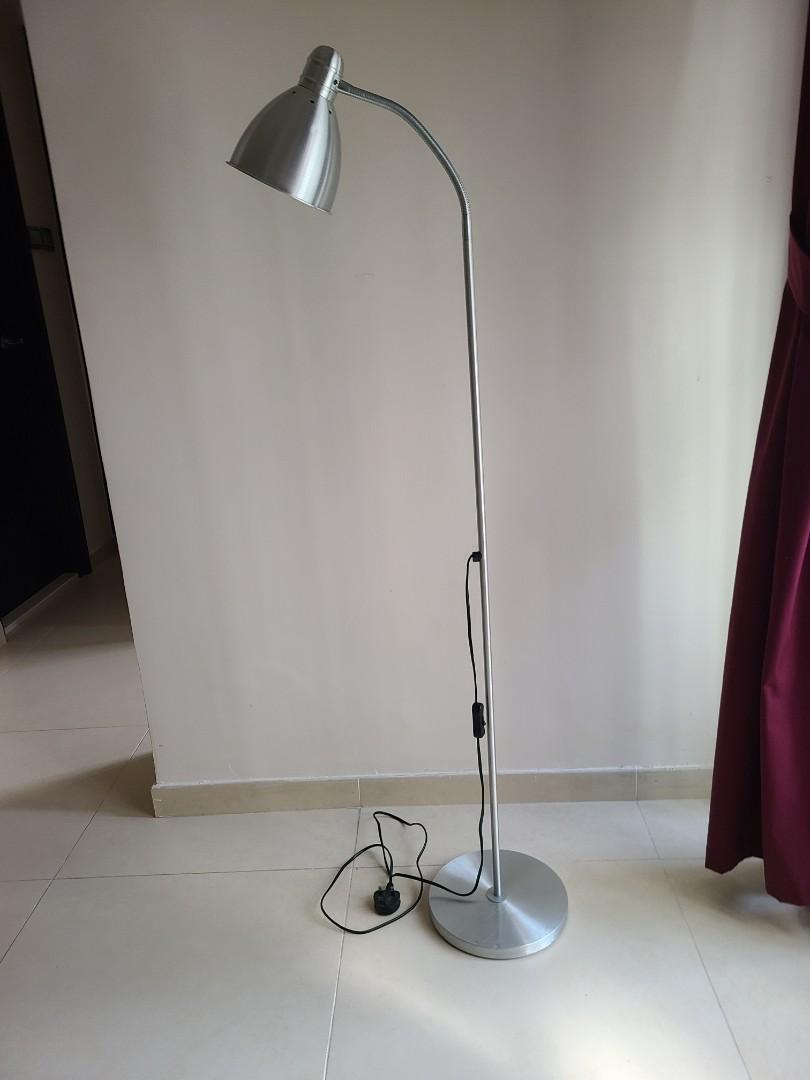 Ikea 座地燈 ~ Floor Lamp, 傢俬&家居, 其他 - Carousell