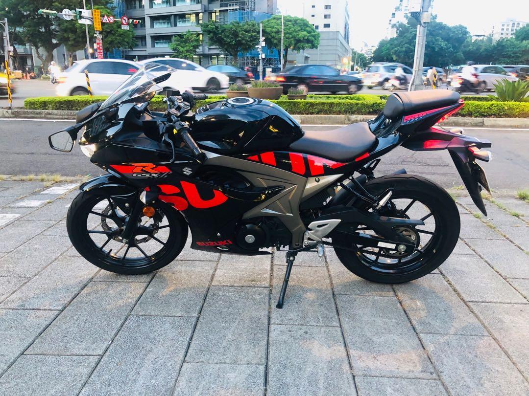 Suzuki gsxr-150 小阿魯 有實體店面可分期$3500頭期設定辦到好! 可車換車勁5,引擎型式:水冷四行程單缸DOHC 4V - 機車, 二手機車在旋轉拍賣