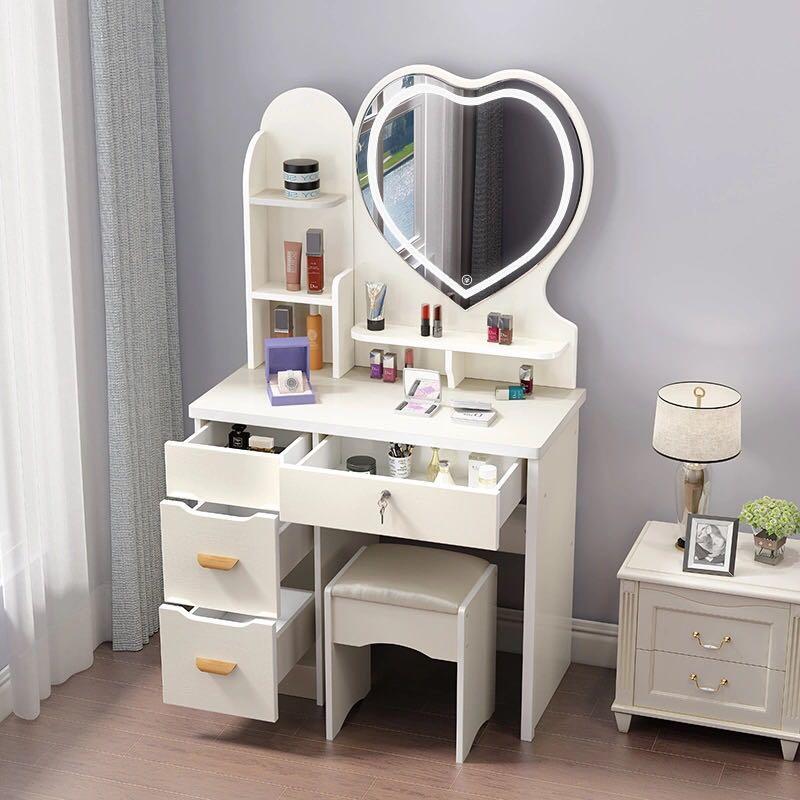 化妝品收納架 梳妝臺 化妝臺 臥室收納櫃 床頭櫃, 傢俬 - Carousell