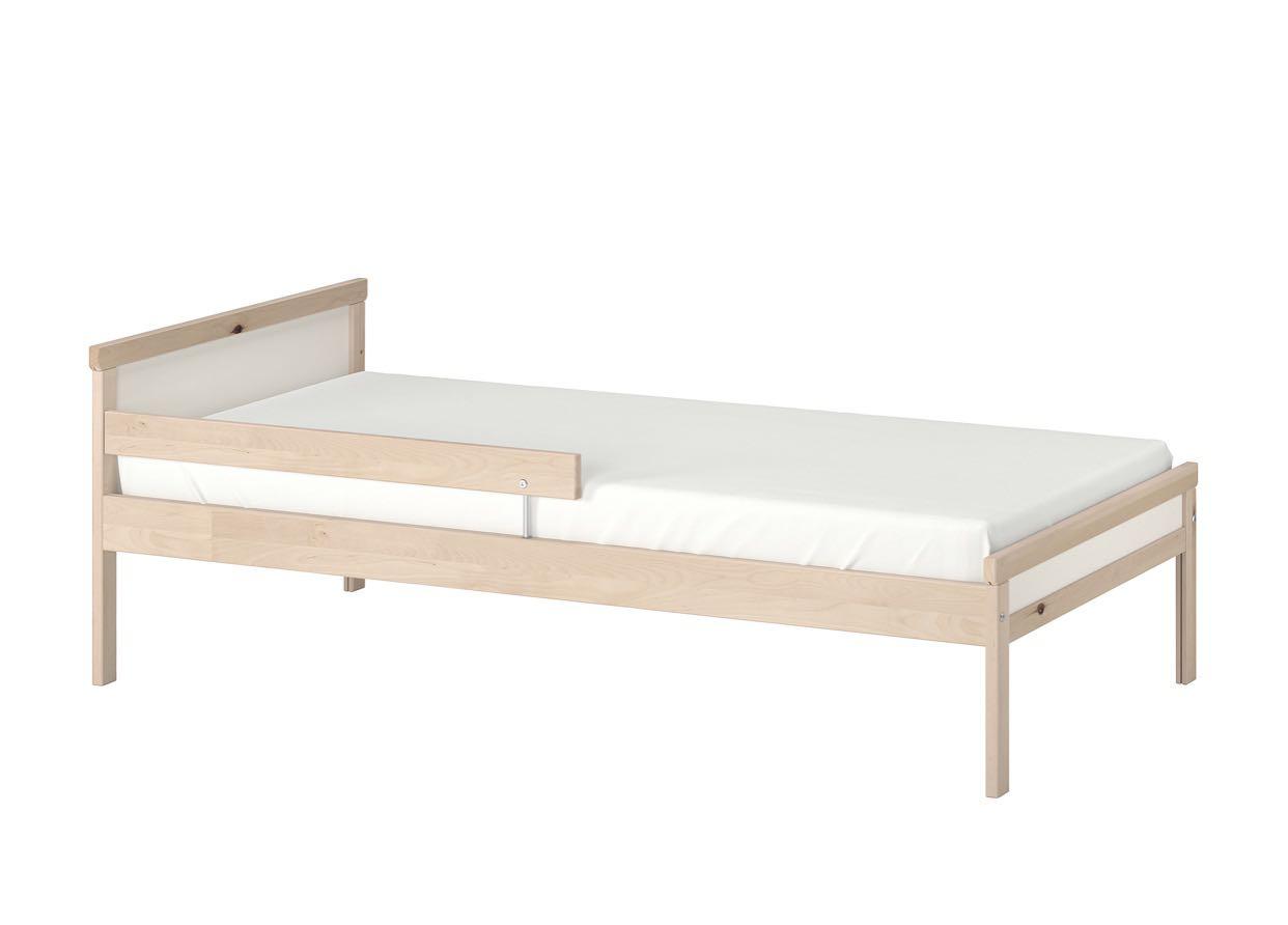 ikea兒童床&床褥,還是很寫實的睡眠生活描述──我家女兒澄澄熟睡時, 傢俬 - Carousell