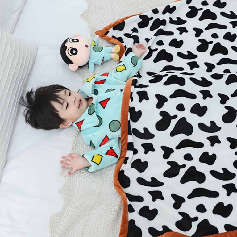 蠟筆小新同款毯子被子毛毯 奶牛紋 兒童幼稚園午睡毯 法蘭絨毛毯 辦公室午睡毯. 居家生活. 其他居家生活在 ...
