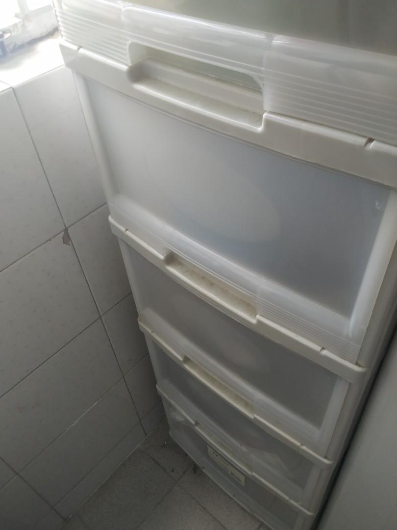 5 drawer plastic cabinet 五桶膠櫃, 傢俬&家居, 傢俬 - Carousell