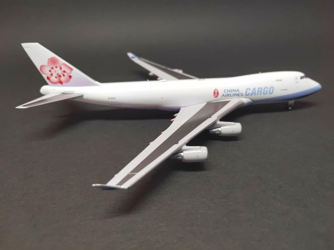 飛機模型 1:400 China airlines B747-400F B-18723 Dream Air. 其他. 其他 - Carousell