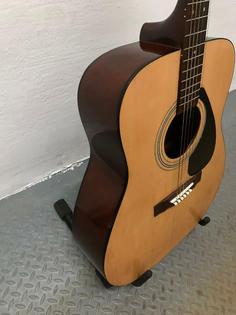 九成新 Yamaha F330 Full Size Acoustic Guitar. 音樂樂器 & 配件. 音樂樂器 - Carousell