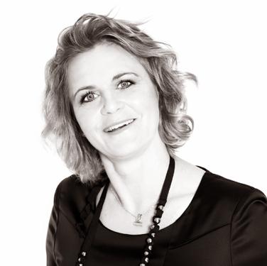 """Tina Thörner, f.d. kartläsare inom rallysporten och känd från """"Let's Dance"""" som numera jobbar som föreläsare och coach."""