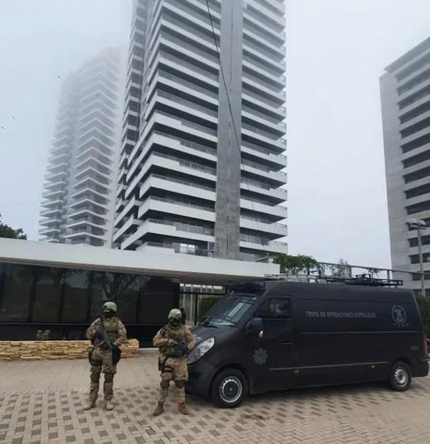 En total hubo 17 allanamientos, varios de ellos en Rosario.