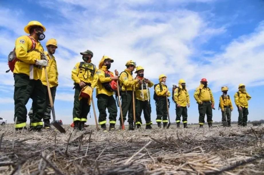 La provincia fijó un nuevo centro operativo para el control de incendios en  las islas
