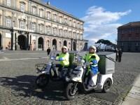 napoli_piazzaplebiscito_poste_tricicli_elettrici