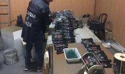 guardia di finanza gdf caserta fiamme gialle 117 fuochi artificio botti (2)