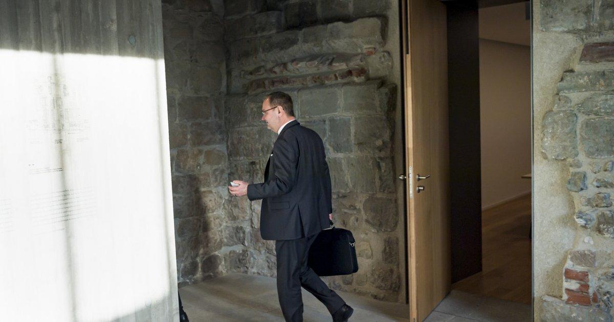 Vaud Yves Ravenel Udc Ha Rassegnato Le Dimissioni