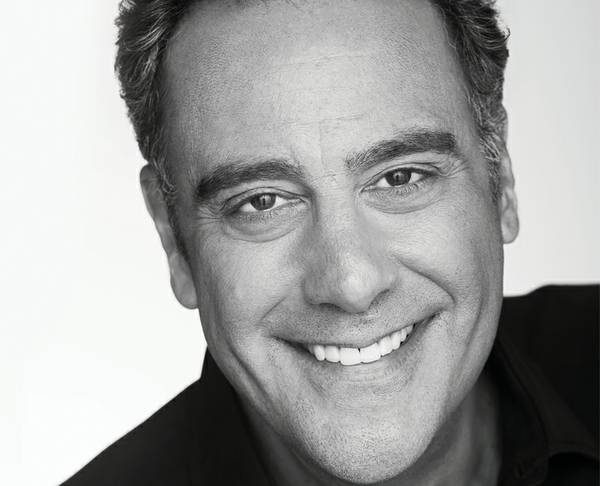 Brad Garrett S Comedy Club Gives Entertainers Space To