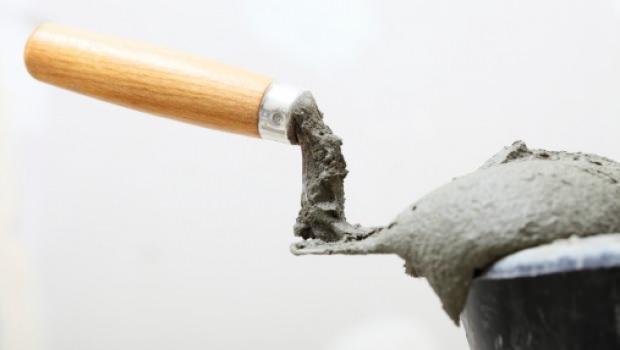 Preparare malte di calce e cemento rapido