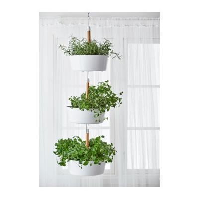 Puoi appenderli sul soffitto, sul terrazzo o in giardino. Vasi Sospesi Per Piante Da Appendere