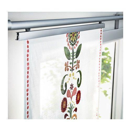 Le tende ikea a pannello è uno dei modelli più apprezzati, sia sulle finestre che come separé tra stanze differenti. Tende Ikea Modelli Caratteristiche Prezzi