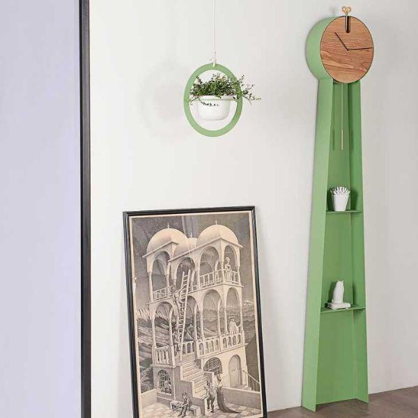 I pendoli a colonna sono chiamati anche gran saloni. Orologi A Pendolo E A Cucu Di Design