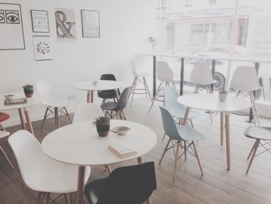 Le sedie in legno di design moderno al prezzo più basso del web! Sedie Di Design Piu Famose Del Mondo
