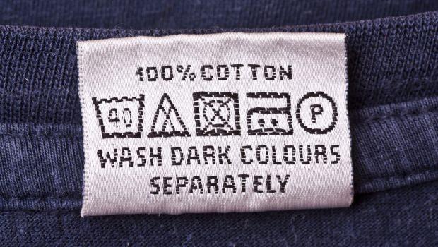 Leggere le etichette dei tessuti