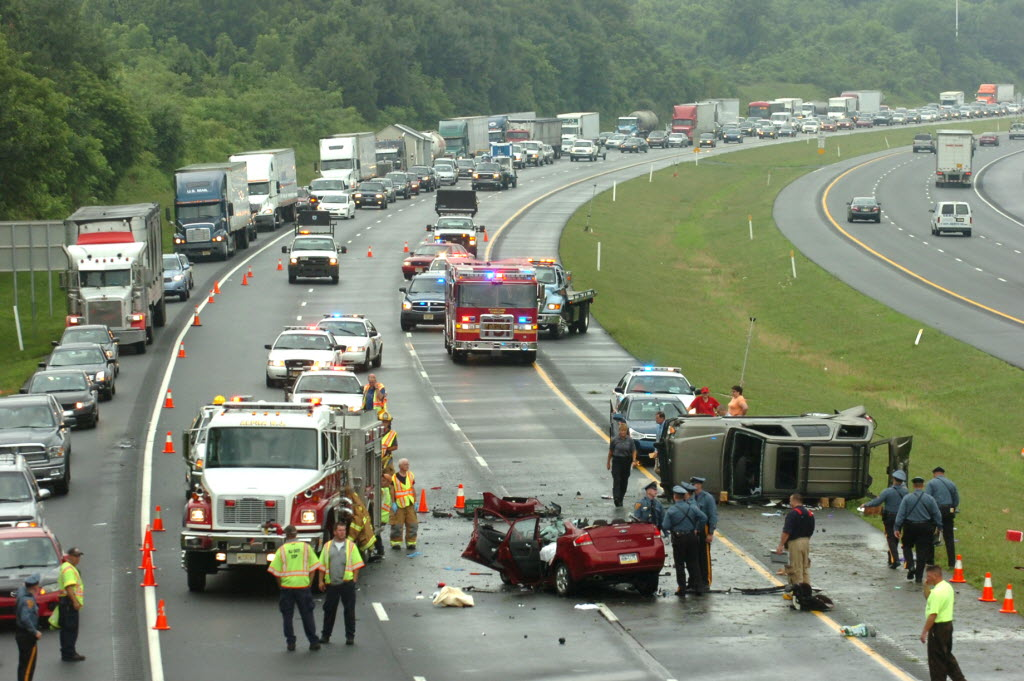 One Killed, Two Injured In Interstate 78 East Crash In