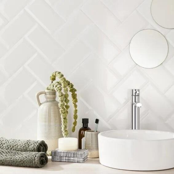 subway tile ceramic bevelled gloss white 200x100mm 1m2 box
