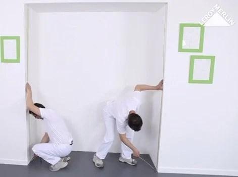 comment installer des portes de placard