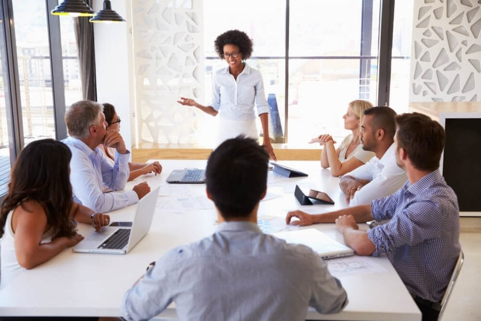 7 Tips for Chairing Meetings More Efficiently and