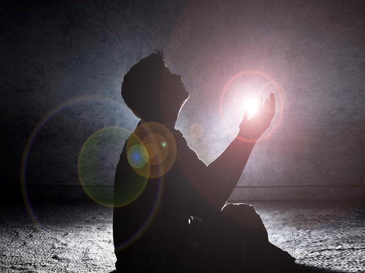 دعاء في جوف الل يل اللهم إليك أشك و ضعف قو تي وقلة ح يل مصراوى
