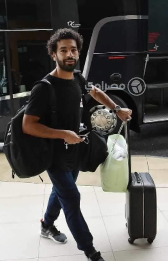 صلاح أثناء وصوله فندق إقامته بالإسكندرية