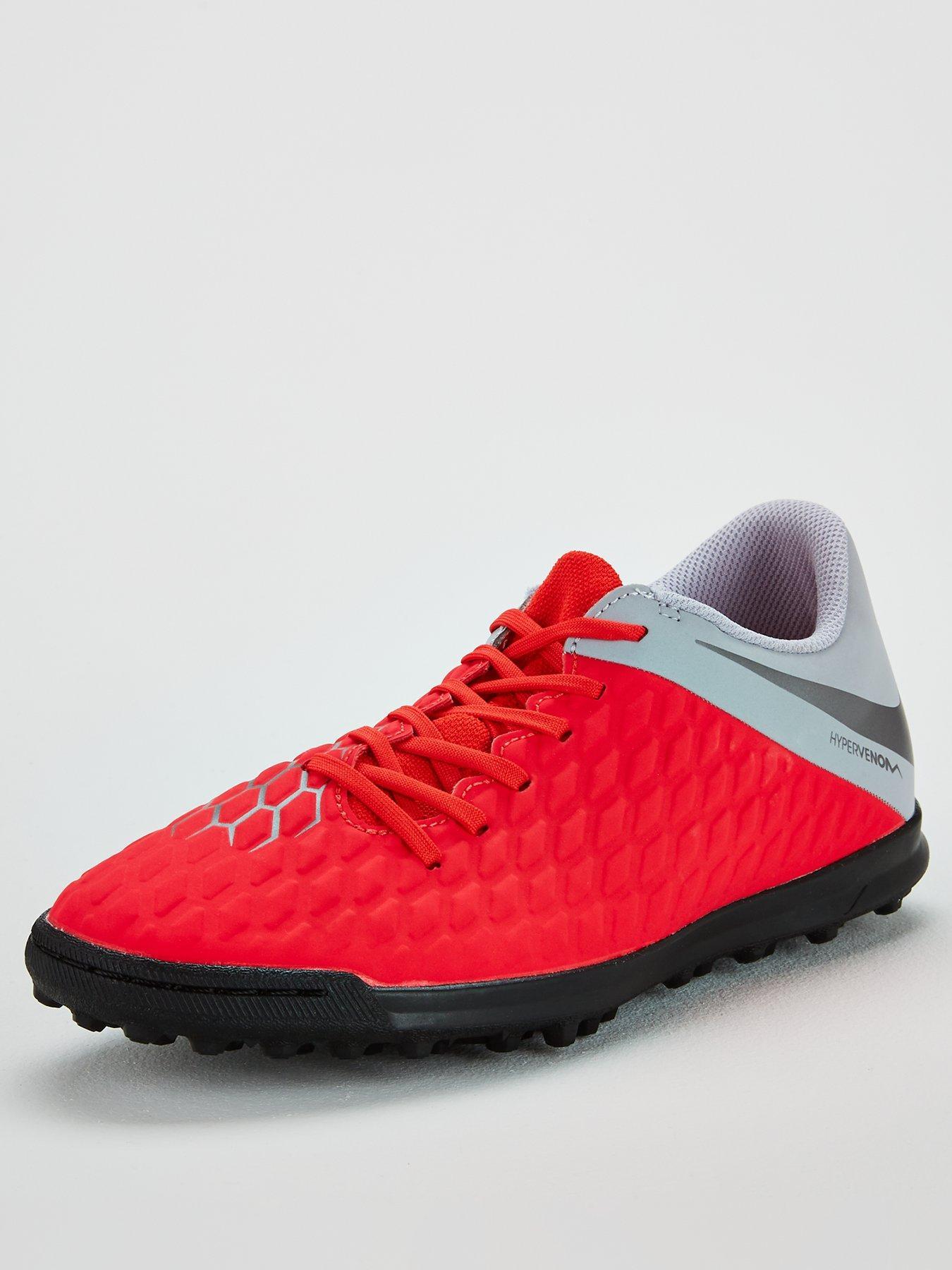 Flyknit Trainer On Feet