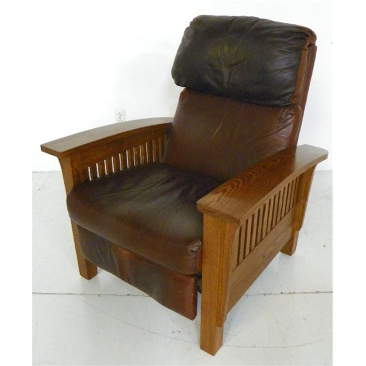 mission recliner chair plans drive medical bathroom safety shower tub bench gray style oak diy free download necessary