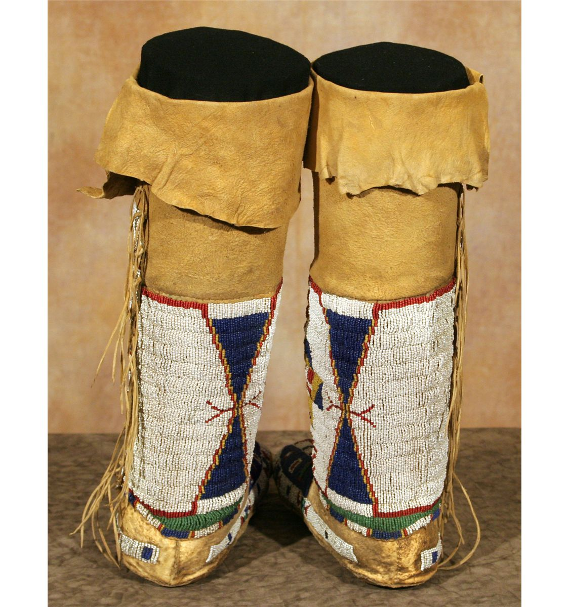 Sioux Woman' Moccasins And Leggings