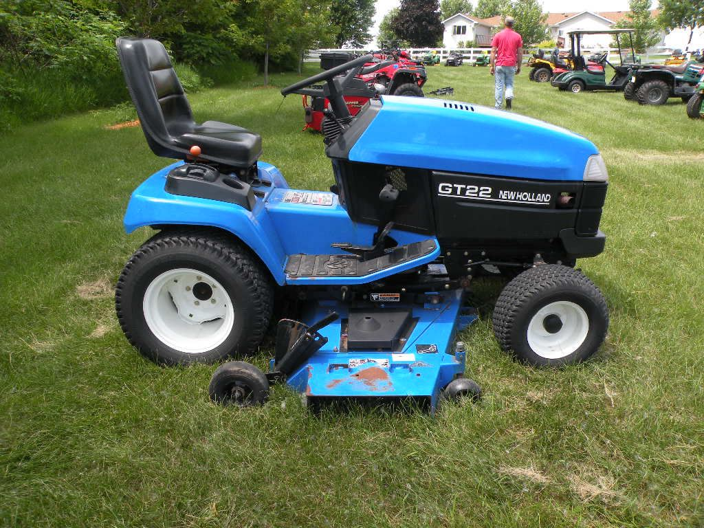 New Holland Gt22 Garden Tractor   Gardening: Flower and Vegetables on