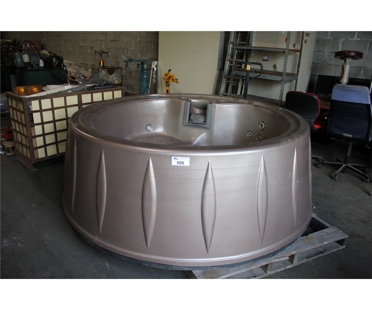 Cal Spa -s11-g318r 2012 5-person 18 Jet Jaccuzi Style Hot Tub