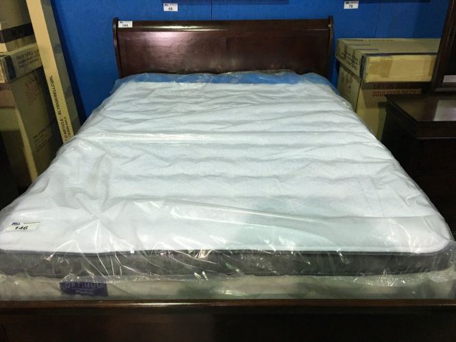 Image 1 Queen Sized Sealy Posturepedic Optimum Mattress Box Spring Set