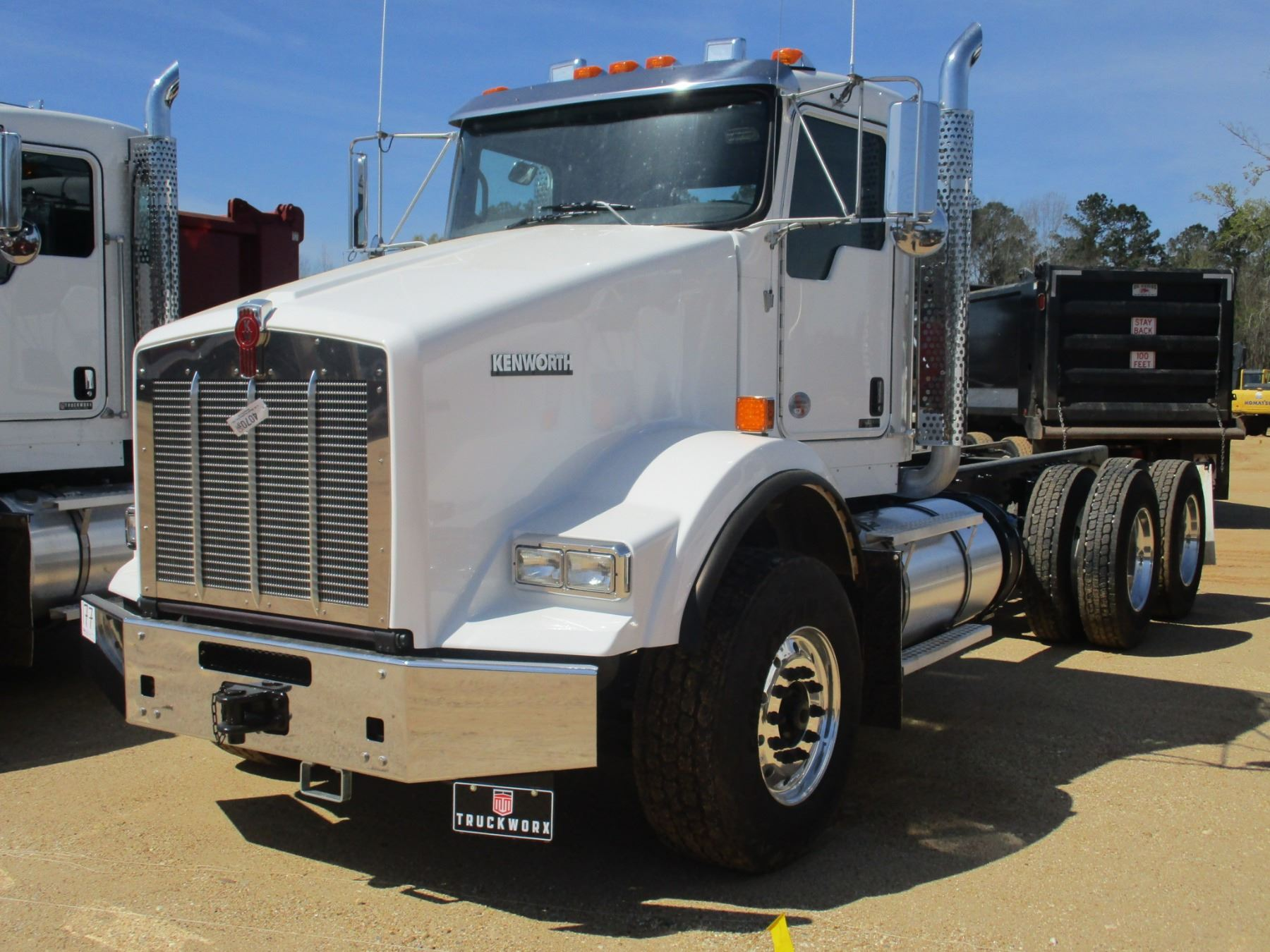 hight resolution of image 1 2018 kenworth t800 cab chassis vin sn 1nkdl40x6jj205443