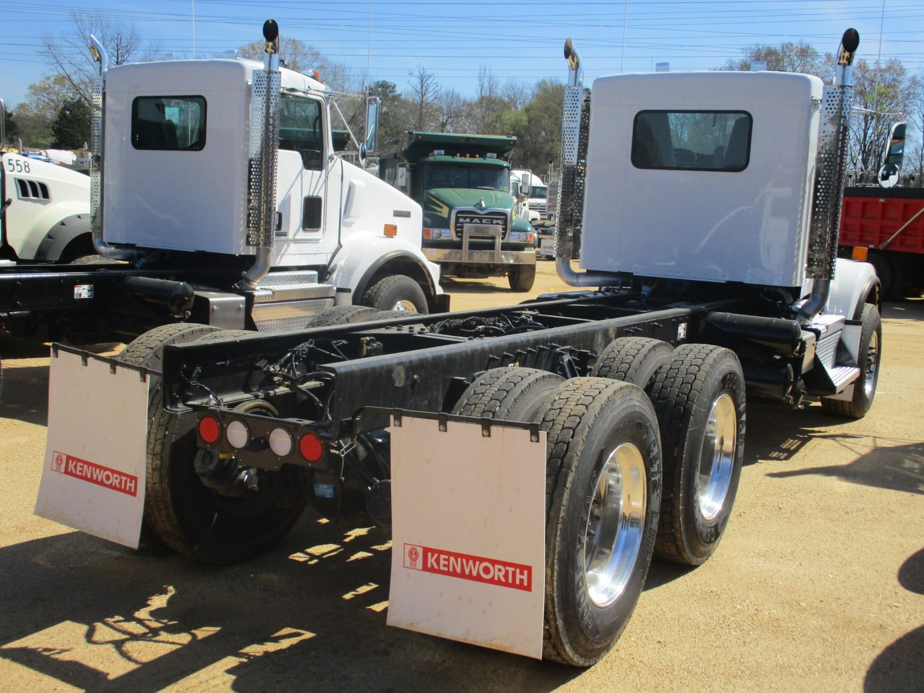 hight resolution of  image 3 2018 kenworth t800 cab chassis vin sn 1nkdl40x6jj205443