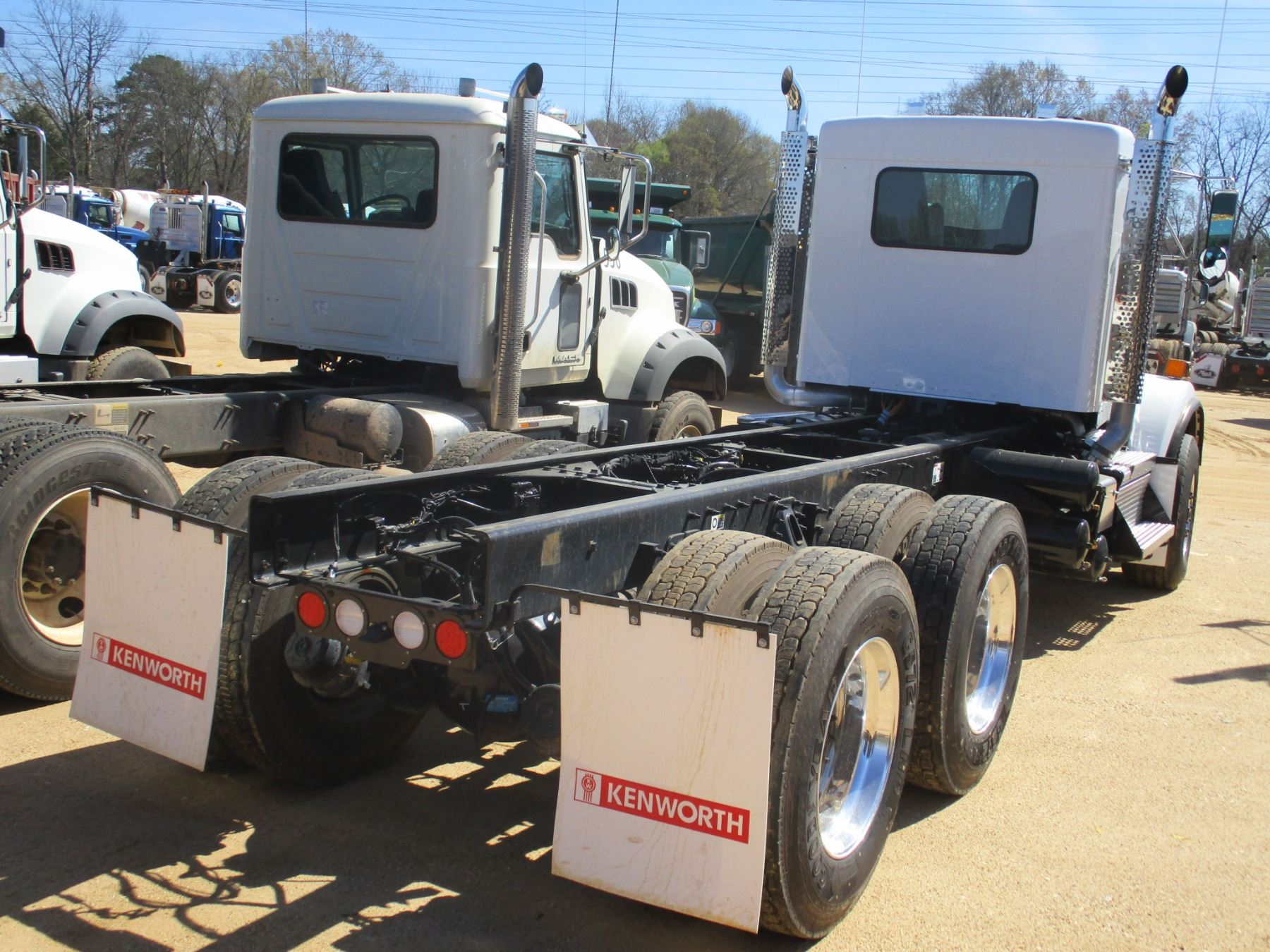 hight resolution of  image 3 2018 kenworth t800 cab chassis vin sn 1nkdl40x8jj205444