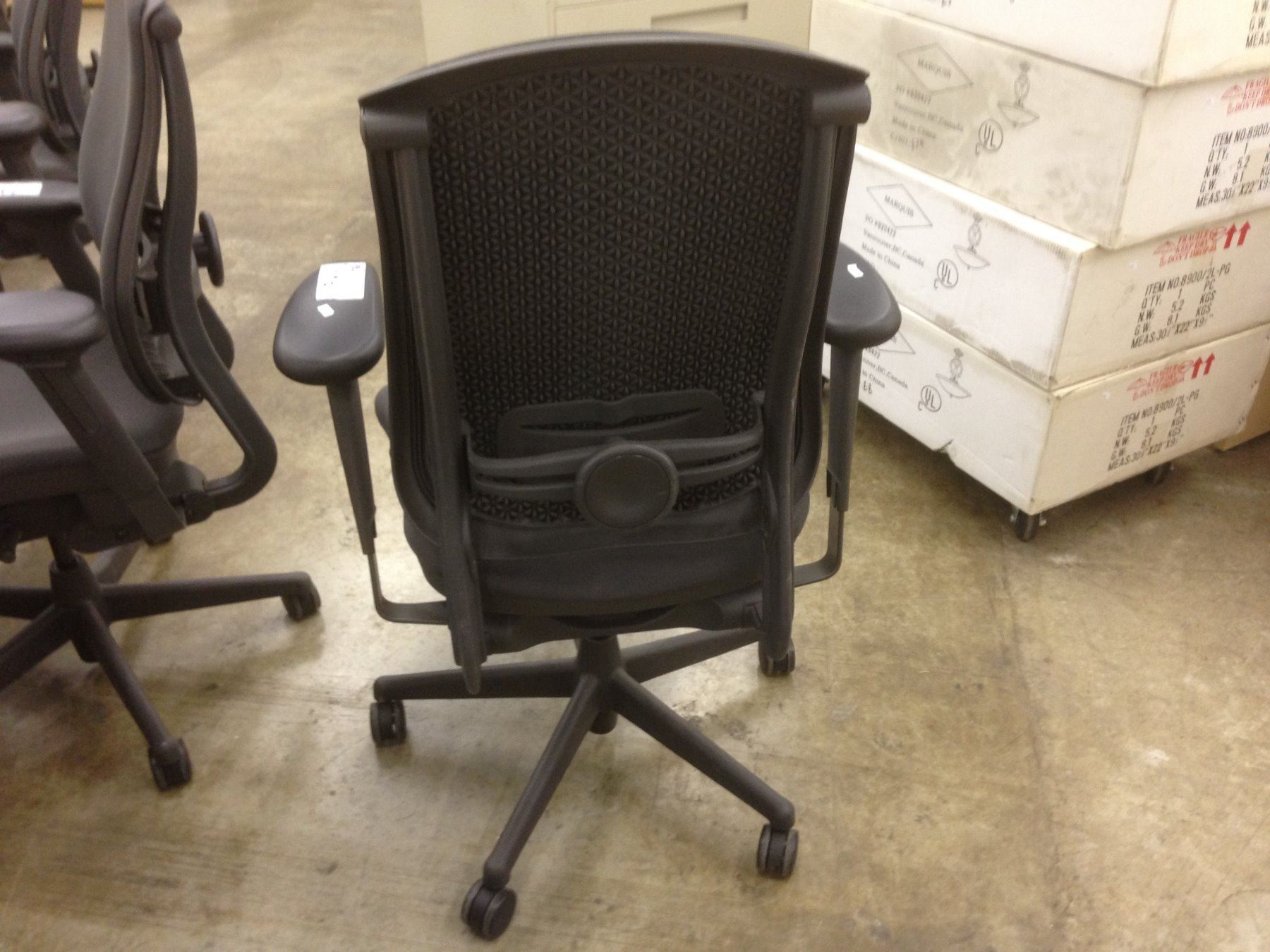 herman miller celle chair patio furniture swivel set black fully adjustable task