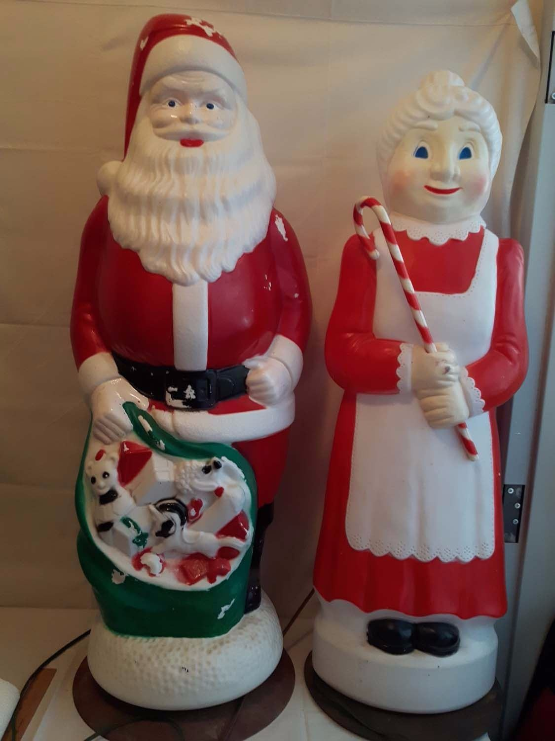 & Claus Outdoor Decorations Hard Plastic Working