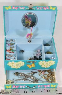 CHILDS JEWELRY BOX WITH EARRINGS AND NECKLACES.