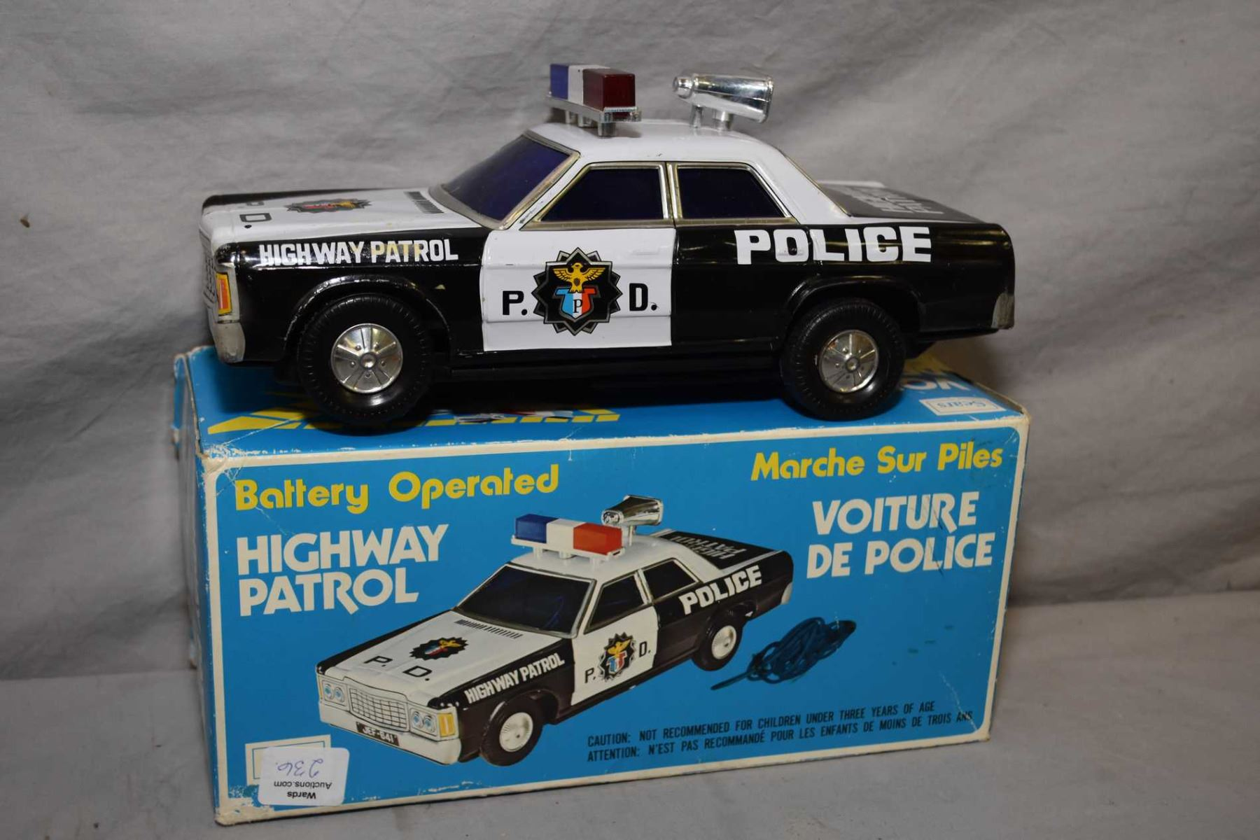 hight resolution of image 1 vintage sears highway patrol car with realistic alarm sound flashing lights