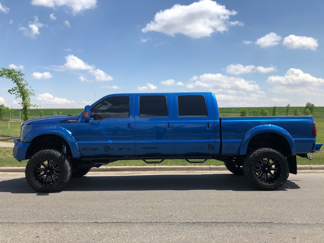 small resolution of image 1 2008 ford f350 xl custom six door conversion
