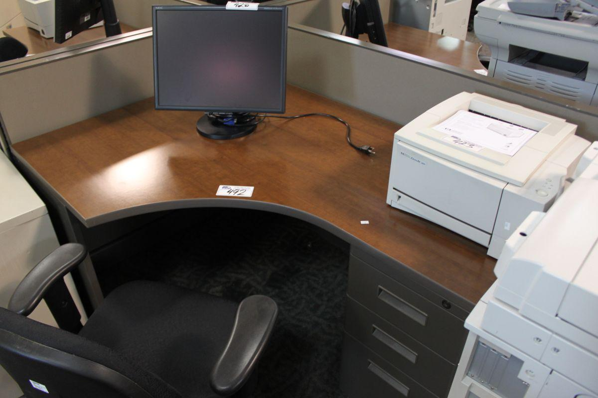 HERMAN MILLER AO2 2 PERSON TELEMARKETING STATION Able