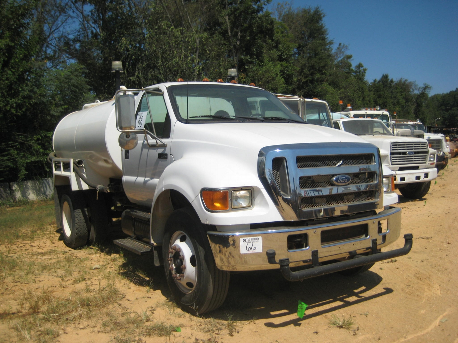 hight resolution of  image 2 2005 ford f750 super duty s a water truck