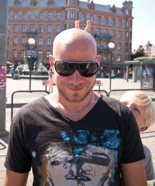 John & Collin på Järntorget Göteborg, på väg till Liseberg
