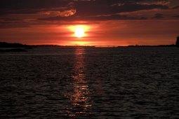 solnedgång vid saltholmen