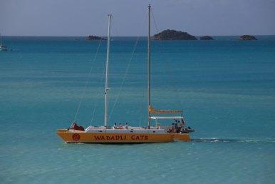 båtUtsikt från vår balkong på Cocos Hotel, Antigua December 2013