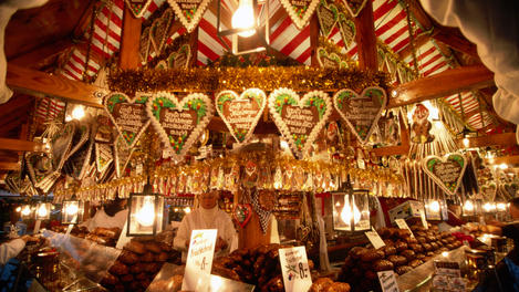 "Stall with ""Lebkuchen"" hearts at Christkindlemarkt (Christmas market)."