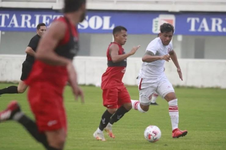 San Martín se prepara para jugar su partido por la Copa Argentina.