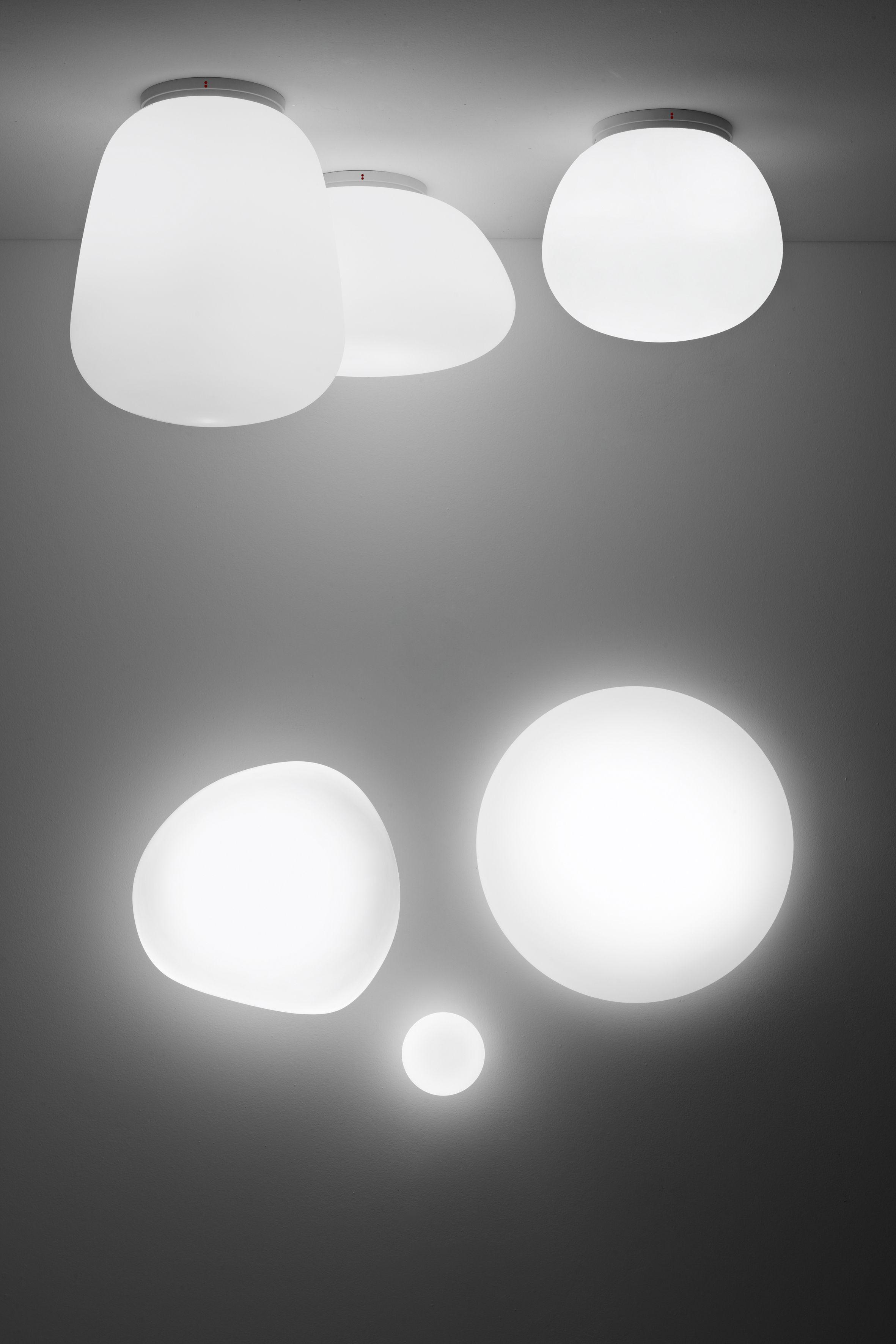 Scopri Plafoniera Sfera  60 cm Bianco   60 cm di Fabbian Made In Design Italia